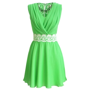 Green V Neck Sleeveless Lace Pleated Chiffon Dress