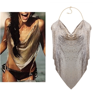 Exaggeration and sensuality of geometric sequins Jacket