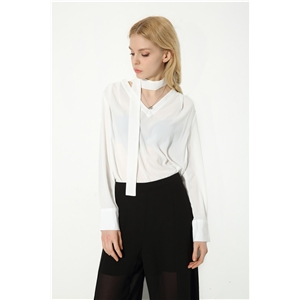 Fashion V-neck chiffon shirt