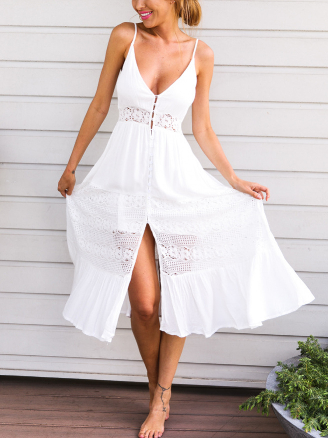 White V Neck Lace Paneled Spaghetti Strap Maxi Beach Dress