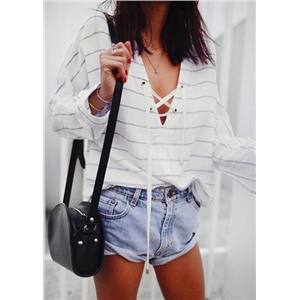 Striped Lace Up Batwing Sleeve Blouse without Necklace