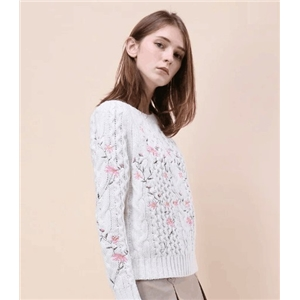 victoriaswing  pleasant Flowers Embroidered Cable Knit Sweater in Ivory