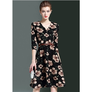 V Neck Three Quarter Length Sleeve Floral Printed Midi Dress