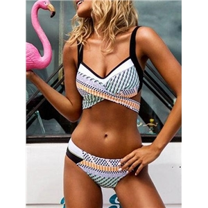 Green Nylon Geo Pattern Print Chic Women Bikini Top And Bottom