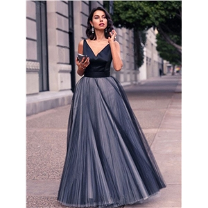 Black Deep V-neck Sleeveless Gown Long Skirt Evening Gown