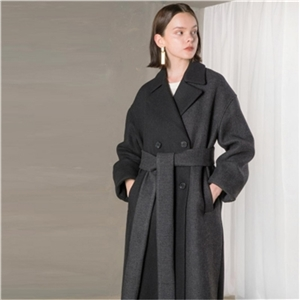 Loose stitching color lapels double-breasted wide belts to decorate women's long coats
