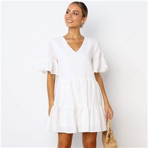 Solid color deep V-neck short-sleeved dress