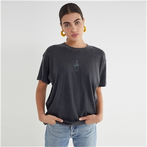 Simple and stylish youth sun and moon print t-shirt