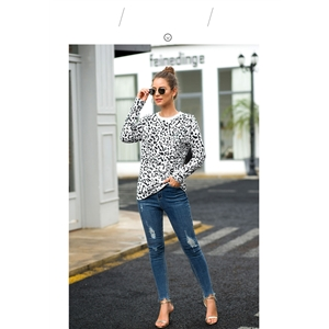 Autumn Leopard Print Women's T-Shirt Round Neck Long Sleeve Top
