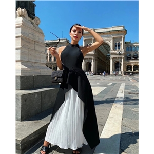 Black sleeveless halter neck waist dress stitching pleated long skirt