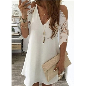 Ladies lace stitching V-neck strapless five-point sleeve dress